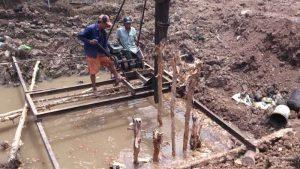 Nhận đào đóng cừ tràm