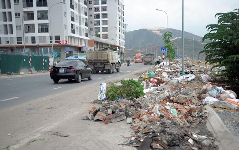 Hốt đổ vận chuyển xà bần tại Huyện Bình Chánh